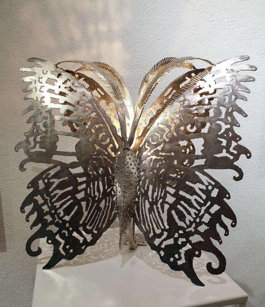 Luminaire Papillon 580€